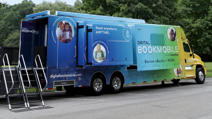 Las Vegas-Clark County Library District To Host Digital Bookmobile