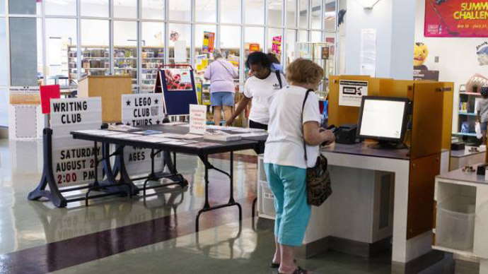 How Las Vegas Libraries Are Staying Vital in the Digital Age